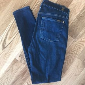 7 For All Mankind Gwenevere Skinny Jeans Size 27
